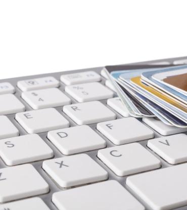 credit-cards-HQNXB6K